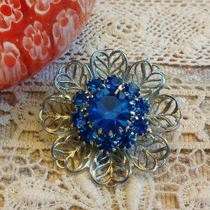 Blue rhinestone flower vintage pin